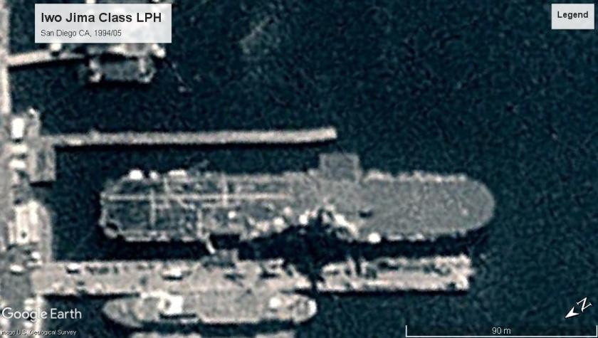 Iwo Jima Class LPH San Diego 1994.jpg