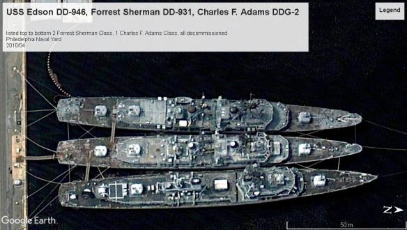 3 US DD and DDG Philedelphia 2010.jpg