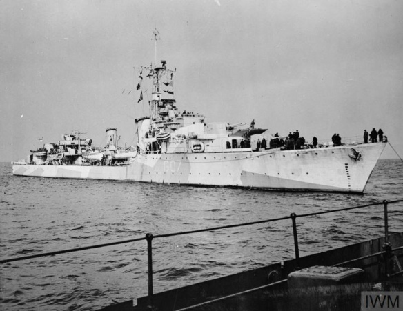 THE CANADIAN DESTROYER HMCS ATHABASKAN, 1944.
