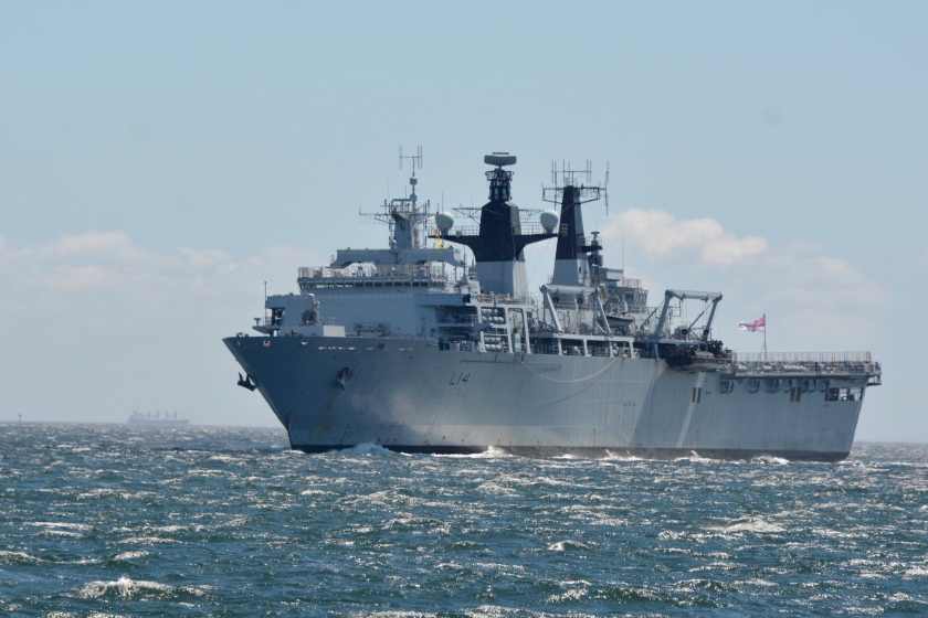 HMS Albion visits Fleet Activities Yokosuka