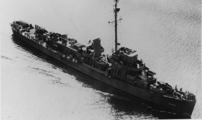 USS Cannon 1943 NH 83390