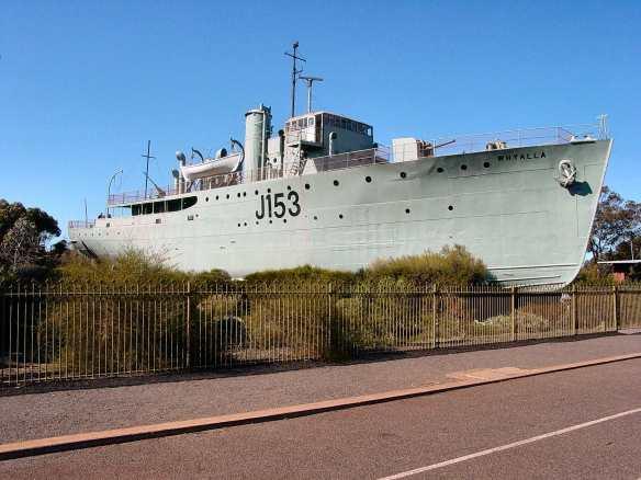 HMAS_Whyalla_J153_2005