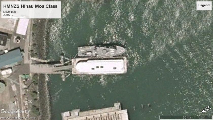 HMNZS Hinau Devonport NZ 2006