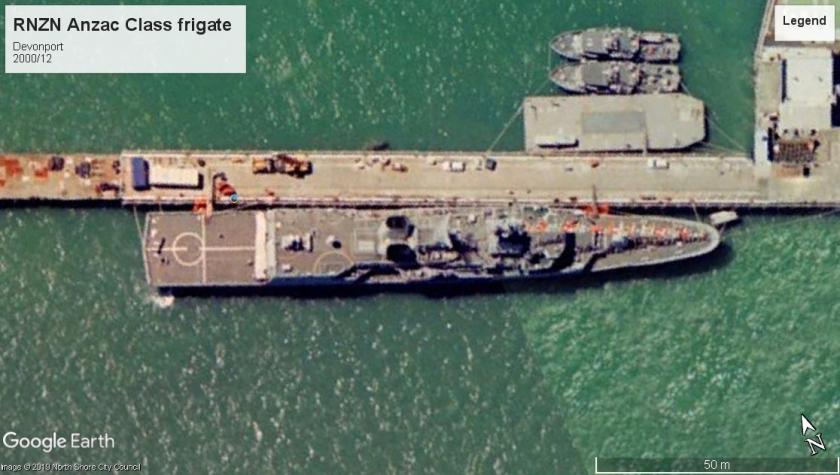 RNZN Anzac class frigate Devonport 2000