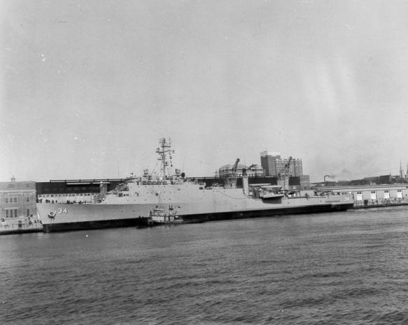 USS Hermitage LSD-34 HFX 1964 HS-75047