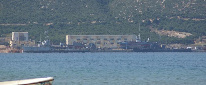 Ships_at_Pashaliman[Detail of]