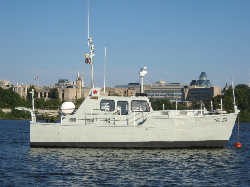 Pogo2011-1_Affaires maritime hull