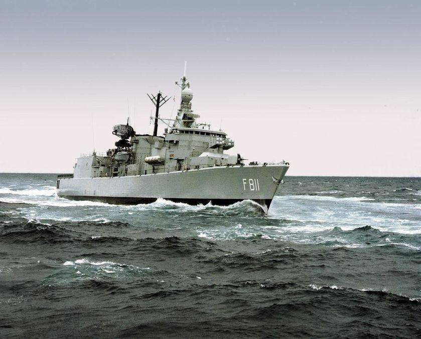 HNLMS_Piet_Hein_(F811)