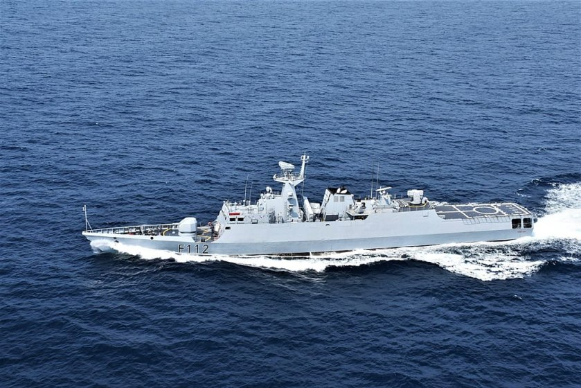 BNS_Prottoy_during_Bongosagar_exercise_with_Indian_Navy