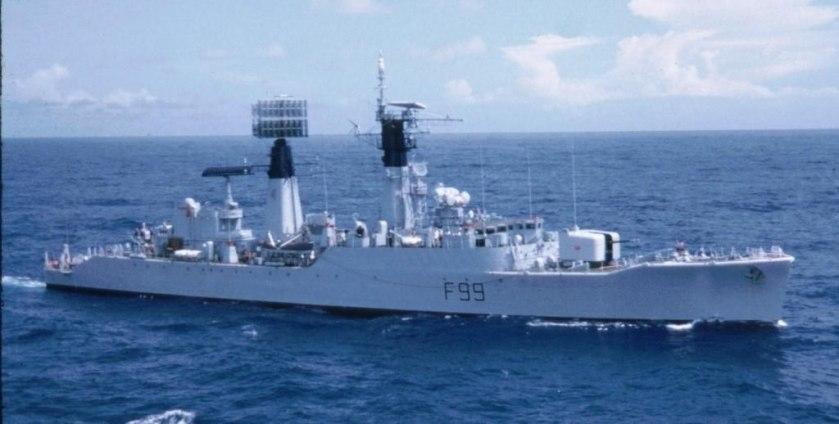 HMS_Lincoln._1972