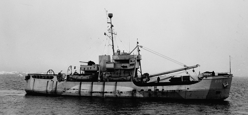 USCGC_Evergreen_in_North_Atlantic