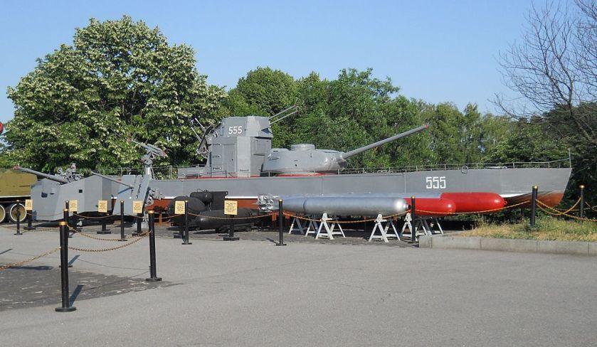 BK-1_class_armoured_boats_in_Kiev