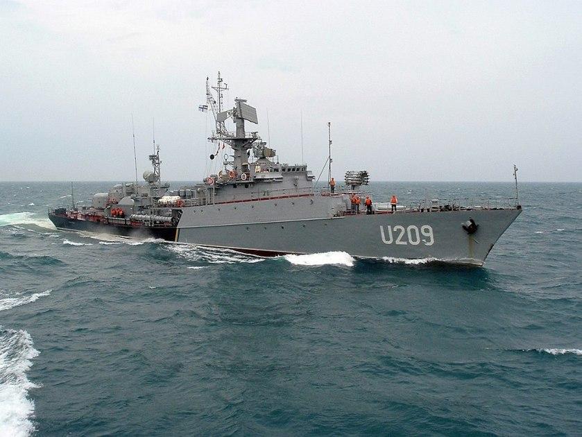 Ternopil_U209_ship,_2013,_04