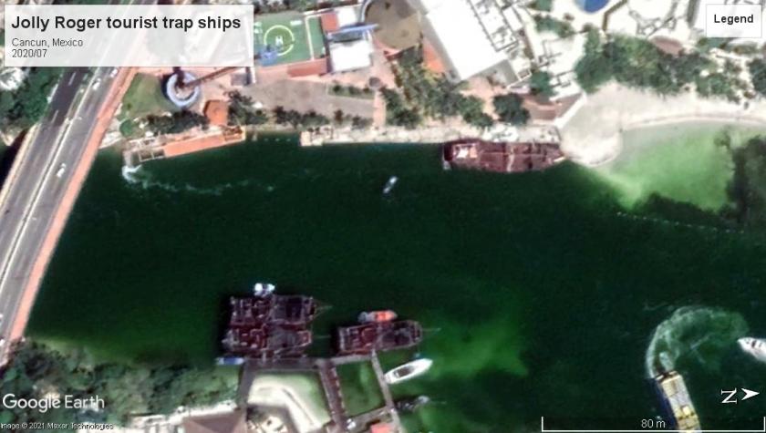Jolly Roger tourist ships cancun 2020