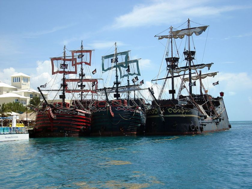 Pirates_of_the_Caribbean_(2657120043)